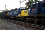 CSX 8804, 3089 on Q409